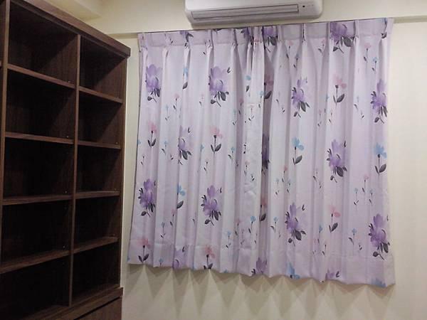 壁簾天窗簾店提供汐止區雙開三明治遮光窗簾訂做安裝.jpg