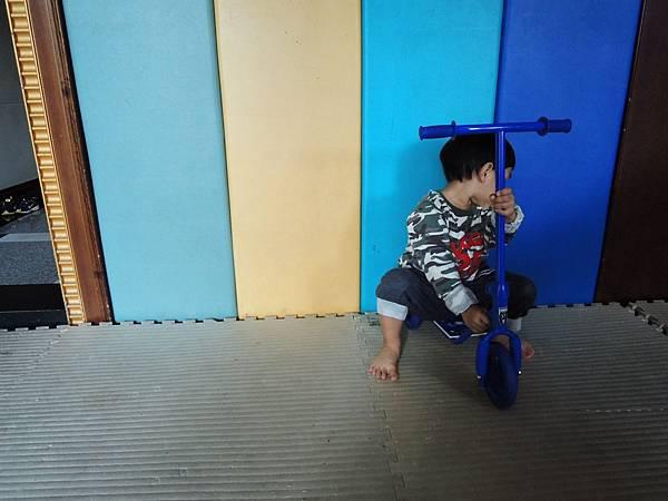 滑板車 211.jpg
