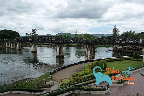 bridge-111750_960_720 拷貝.jpg