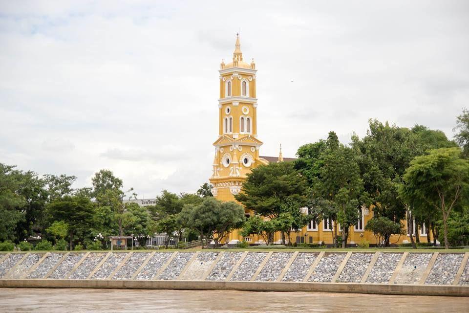 白天教堂 2 .jpg