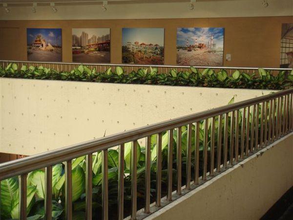 3樓畫側拍主角《萬神殿》.JPG