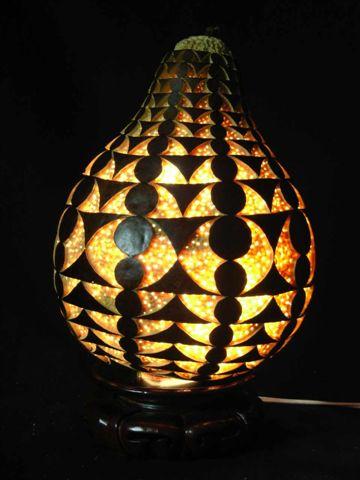 黃應龍葫蘆雕刻創意展作品--無限幾何.JPG