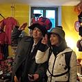 二手店內的怪帽子