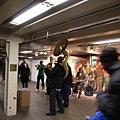 地鐵站的表演