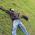 看到草地就想這麼做...