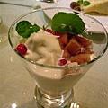 甜點-紅酒蘋果霜淇淋