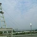 與台大竹北校區連接的人行斜張橋