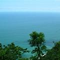 此時崖旁的景色