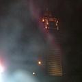 原來是...糊掉的新光三越大樓