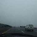 繼續我們的旅途 竟下起傾盆大雨!