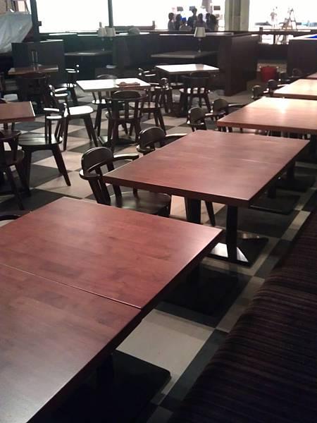 美式餐廳桌面樣式