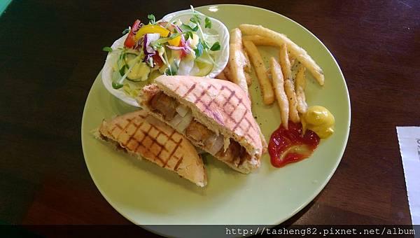 小萱的早午餐,很好吃喔!