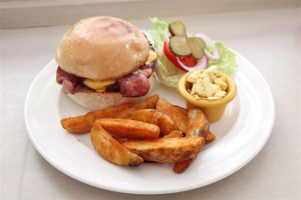 20100713_Eat! BURGER_08.jpg