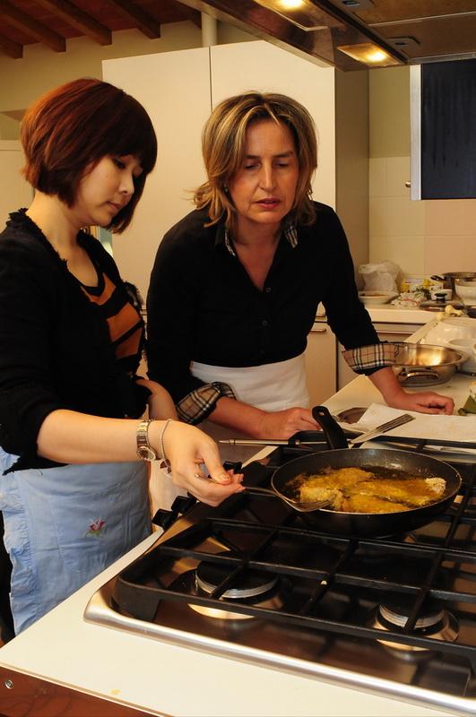 托斯卡尼炸牛肉繪香料蕃茄醬03