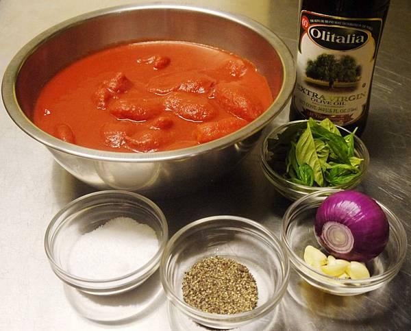 【人人有菜煮】大肚皮主廚上菜-基礎蕃茄紅醬(Basic Tomato Sauce)