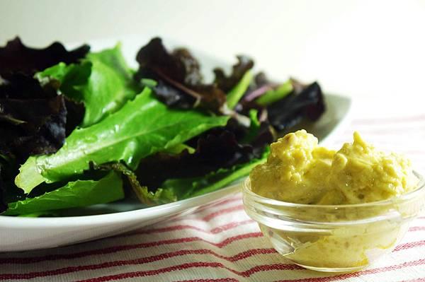 【Bambino蔬菜篇】跟著老師動吃動-鄭多燕的輕食食譜「堅果沙拉醬配沙拉」
