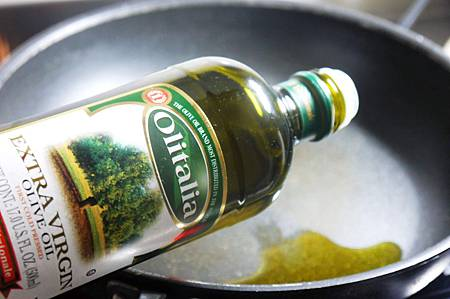 【Bambino義大利麵篇】番茄醬汁多變化-「海鮮蕃茄麻花捲麵」