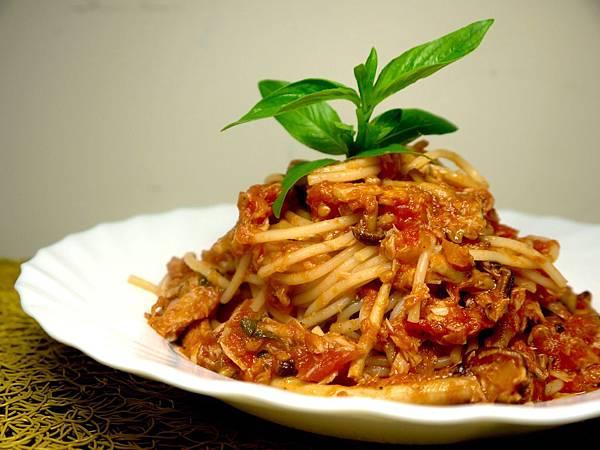 【Bambino義大利麵篇】鮮味決佳的「蕃茄鮪魚鮮菇義大利麵」