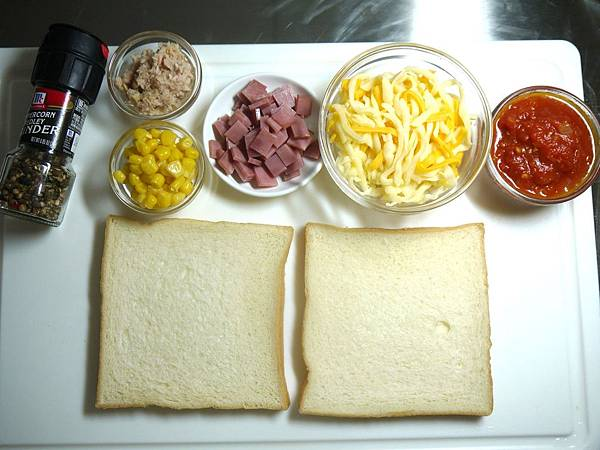 【Bambino肉類篇】免烤箱DIY「吐司披薩」