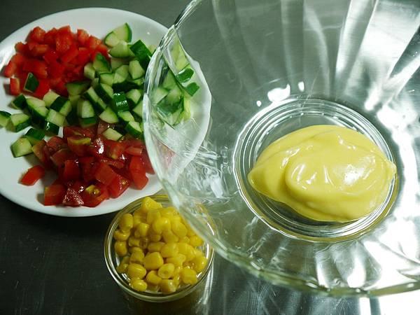 【Bambino義大利麵篇】簡單吃~ 「蝴蝶麵溫沙拉」