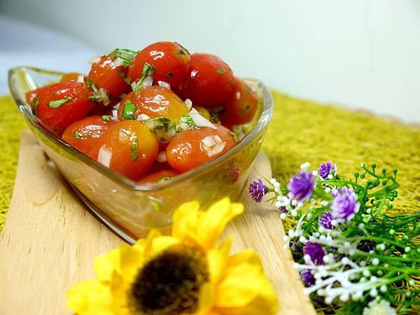 【Bambino蔬菜篇】用心花時間來著的~「義式醃漬櫻桃番茄沙拉」