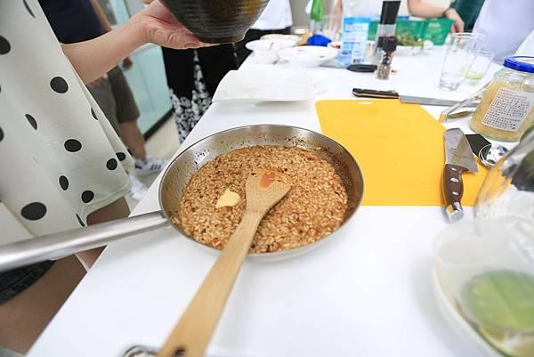 黑虎蝦海藻干貝風味燉飯