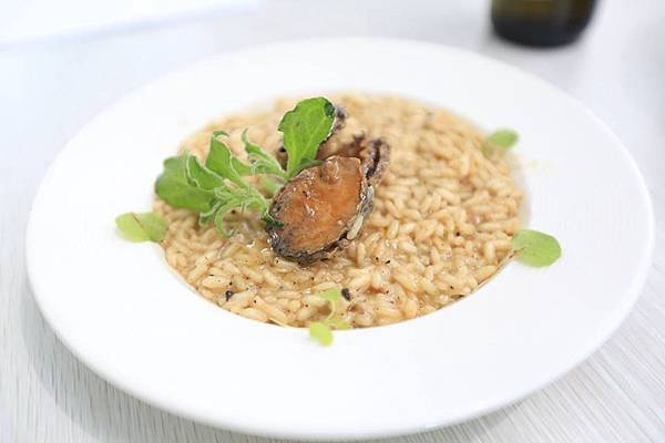 松露牛肝蕈菇鮑魚燉飯