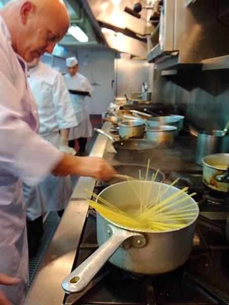 鯷魚酸豆義大利麵