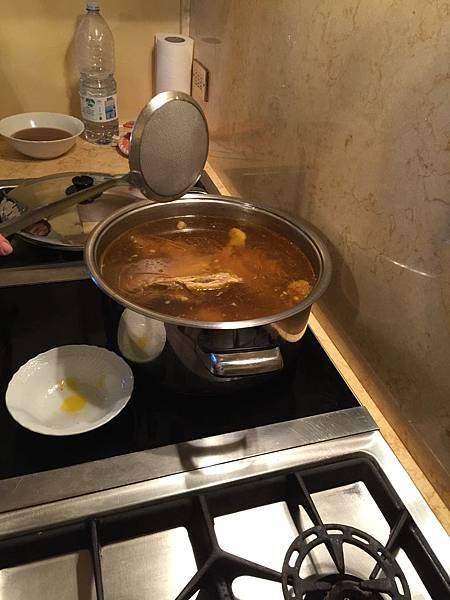義大利麵餃佐清湯