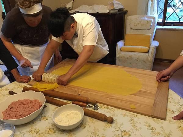 義大利麵餃
