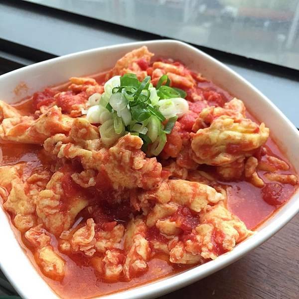 【食譜】輕鬆10分鐘,快速完成好吃下飯的「蕃茄炒蛋」