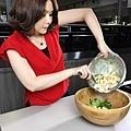 伊萊克斯料理x海鮮沙拉拌橄欖油風味美乃滋3