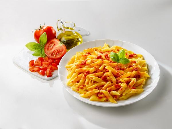 蘿勒紅醬義大利麵.jpg