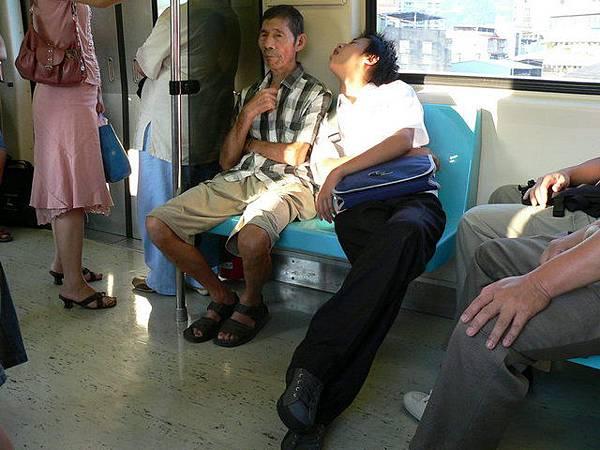 撩人的睡姿