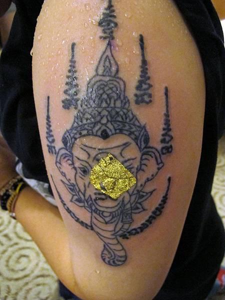 法力刺青大師阿贊內的象神首