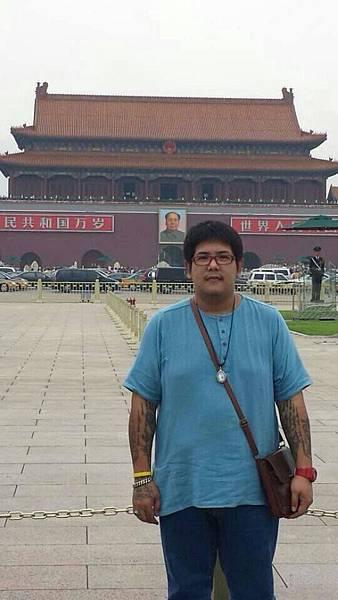九月紅遍東南亞的法力刺青大師阿贊內