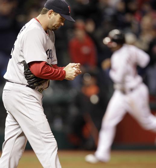 Dan Wheeler Red Sox VS Indians 4-7-2011