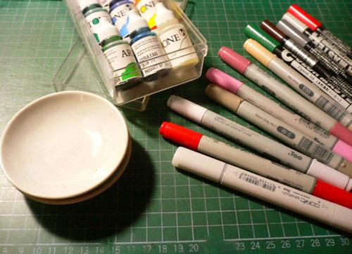 彩色墨水和麥克筆