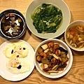 五香滷豆干、糖心荷包蛋、清炒大陸妹、宮保蝦仁杏鮑菇、羅宋湯