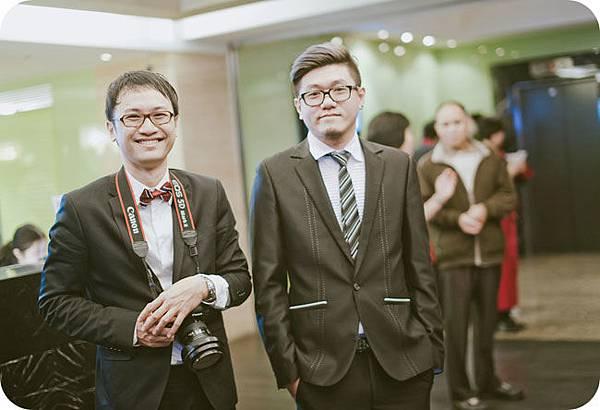 左:姊夫(小姑的老公) / 右:老公的弟弟