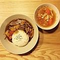雞肉咖哩飯、羅宋湯