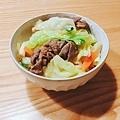 牛肉高麗菜丼飯