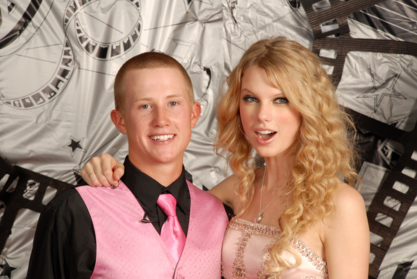 once_upon_a_prom_068-x600.jpg