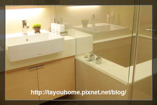 浴缸-出水設計.jpg