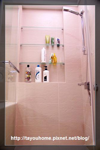主浴淋浴間.jpg