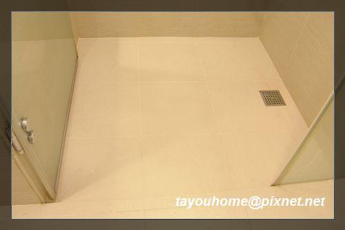 淋浴區地板.jpg