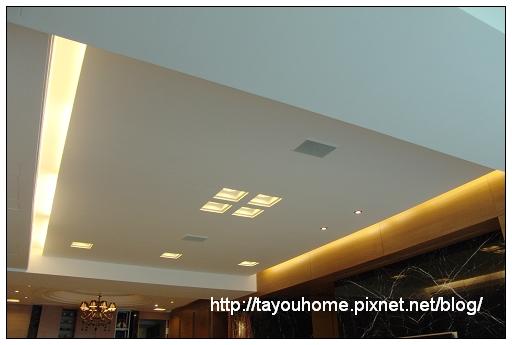 客廳天花板1.jpg