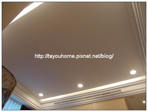 主臥室天花板2.jpg
