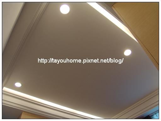 主臥室天花板3.jpg