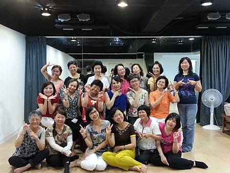 手語舞蹈班 (1)